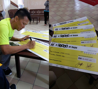 Mock_cheques